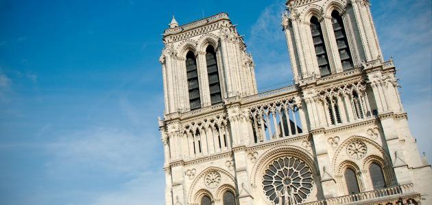 بالصور  ..  أهم الأماكن السياحية في باريس