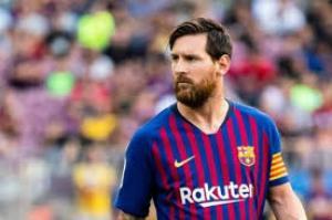 رسميًا  ..  مدرب برشلونة يستبعد ميسي