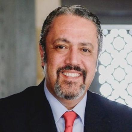 الزميل الخالدي يهنىء الزميل غيث الطراونة بعد تعيينه رئيساً لمجلس إدارة الإذاعة و التلفزيون