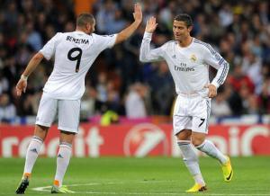 """بالفيديو.. ريال مدريد يؤكد جاهزيته لـ """"الكلاسيكو"""" بثلاثية في مرمى ليفربول"""