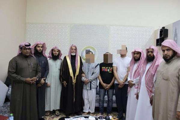3 نزلاء فلبينيين بسجن الملز يدخلون في الإسلام