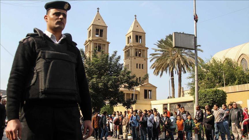 والدة المتهم بتفجير الكنيسة بمصر تنفي مسؤوليته ..  ومصدر أمني: مصدومة