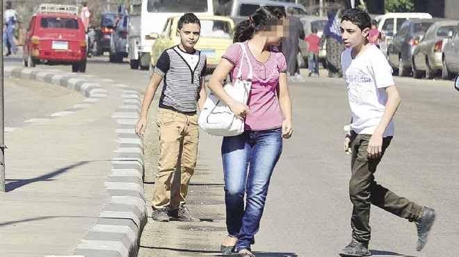 الامارات: طالب يتحرش بزميلته داخل الجامعة ويسب خطيبها