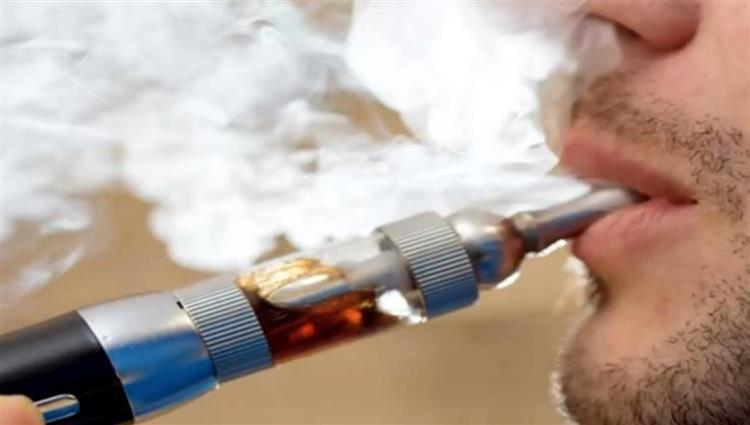 ارتفاع عدد وفيات السجائر الإلكترونية في أميركا إلى 47