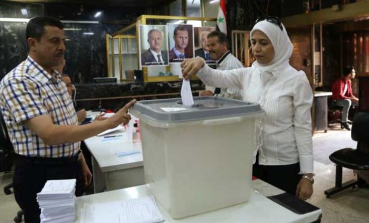 بدء الاقتراع بمناطق سيطرة النظام لانتخابات محسومة للأسد