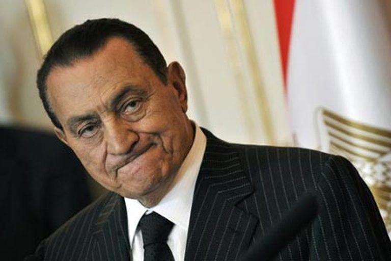 تفاصيل الساعات الأولى في منزل مبارك فور الافراج عنه