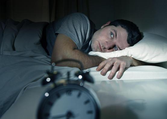 هذه العادة تحرمكم من النوم الجيد