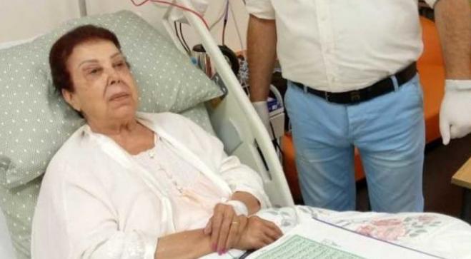 وفاة الفنانة المصرية رجاء الجداوي بفيروس كورونا .. وابنتها تروي اللحظات الاخيرة