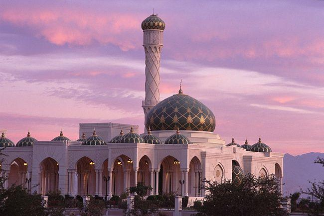 إعادة فتح المساجد في عُمان
