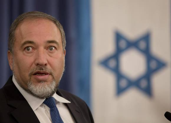 """مفاجآت المُقاومة الفلسطينيّة دبّت الهلع والذعر لدى الإسرائيليين وادت الى استقالة ليبرمان  ..  """"تفاصيل"""""""