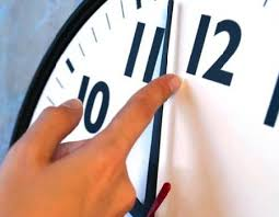 بدء العمل بالتوقيت الشتوى اعتباراً من منتصف ليلة الخميس - الجمعة المقبل