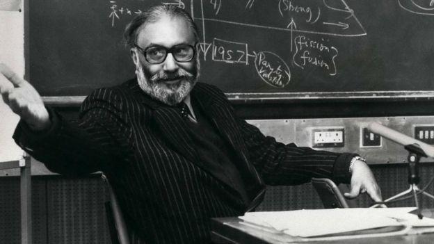 من هو المسلم عالم الفيزياء العبقري الذي ظلمه التاريخ ؟