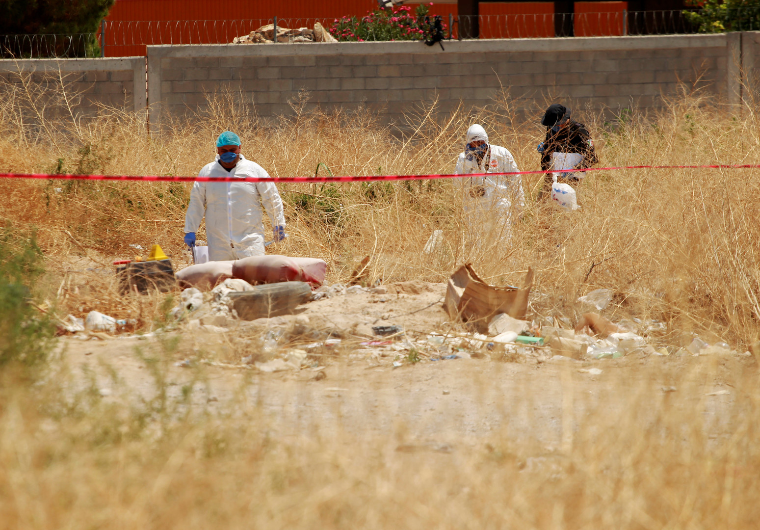 المكسيك: العثور على 337 جثة في مقابر سرية