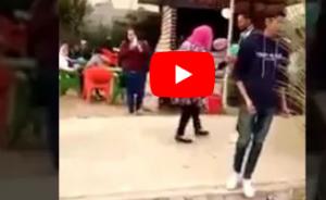بالفيديو  .. بعد تدخل شيخ الأزهر .. تخفيف عقوبة الطالبة التي ظهرت في الفيديو المثير للجدل