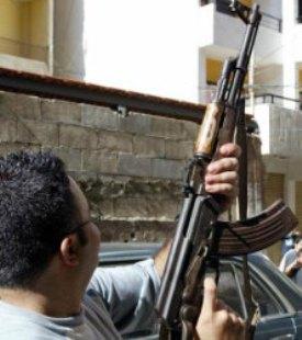 الأجهزة الأمنية تعمم على زوج وإبن نائب اطلقا الرصاص ومحافظ العاصمة: سيتم تحويلهم للقضاء