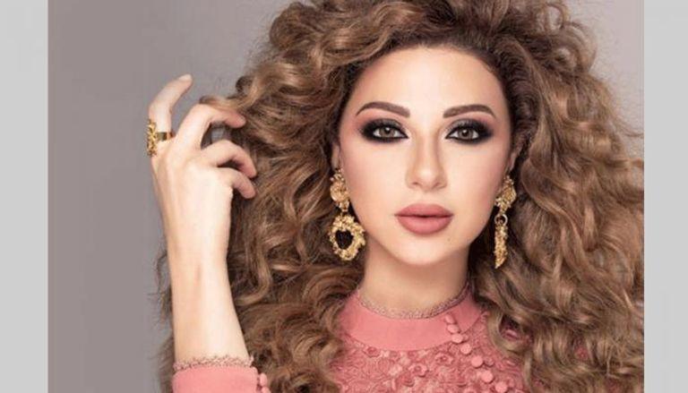 بالفيديو  ..  ميريام فارس تحتفل بحصولها على الإقامة الذهبية بالإمارات