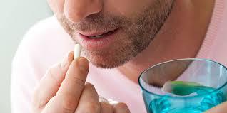 خبراء يحذرون من الوصفات الروتينية للمضادات الحيوية