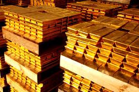 اسعار الذهب تعلو الى اعلى مستوى في العلم