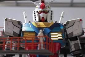 """بالفيديو  ..  اليابان تصمم روبوتاً عملاقاً يشبه شخصية """"كاندام"""" الكرتونية"""