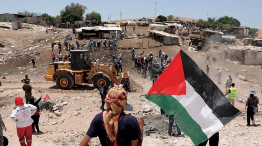 الخان الأحمر ..  تجمع بدوي يواجه مخططات الاحتلال الاستيطانية في القدس