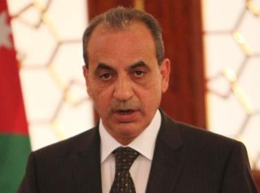 """قصة الاعتداء """" المفبرك """" على وزير البلديات وليد المصري في الطفيلة"""