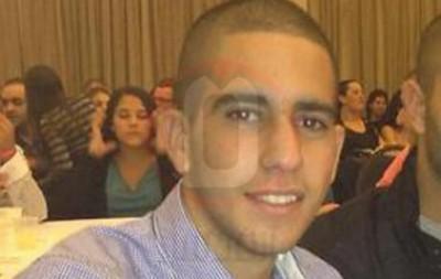 شاهد الفيديو  ..  اللحظات الأولى لإصابة الجندي الاسرائيلي المقتول بالخليل