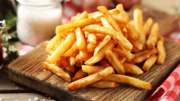 طريقة عمل البطاطس المقرمشة في الفرن بطرق بسيطة