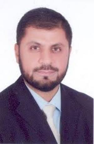 د.انس بني عطا عميد لكلية  لشريعة
