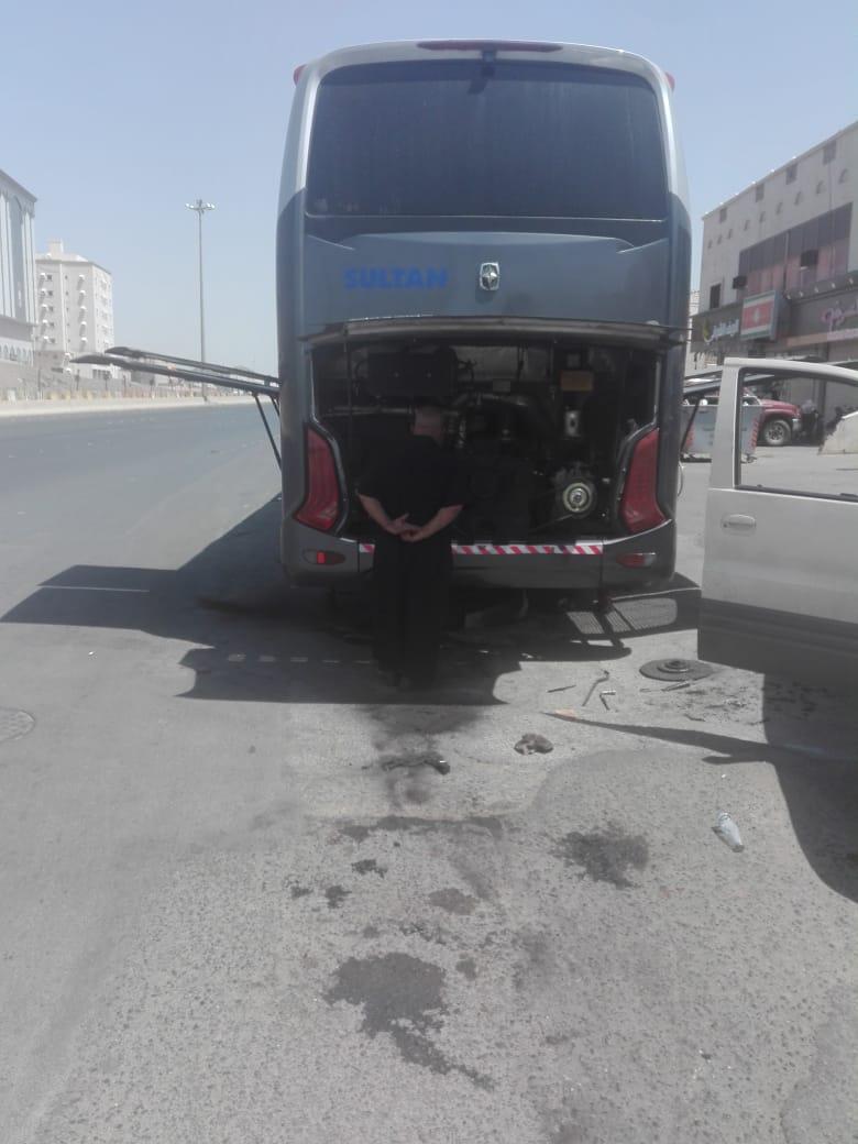 تعطل حافلة حجاج أردنيين في طريق مكة المدينة المنورة ..  والاوقاف توضح