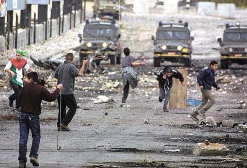 مواجهات عنيفة داخل الخط الأخضر بعد استشهاد فلسطينيين