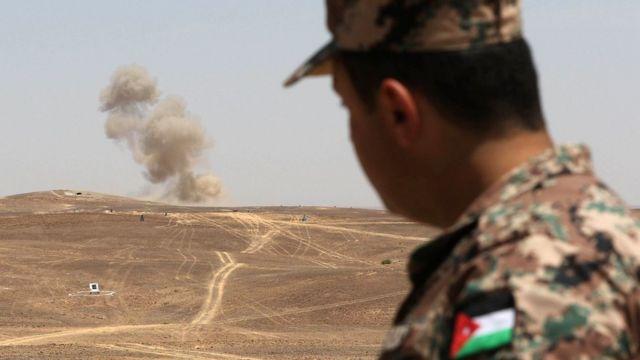 الجيش يحبط محاولة تسلل وتهريب مئات الآلاف من الحبوب المخدرة الى المملكة عبر الحدود الأردنية السورية