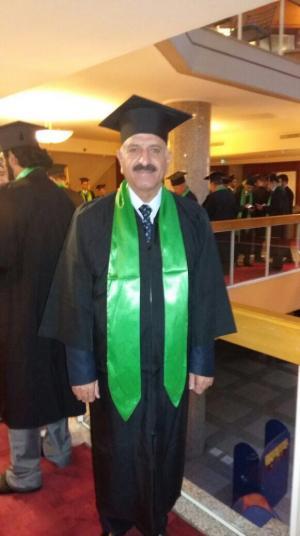 مبارك الدكتوراة لـ محمود سنيد