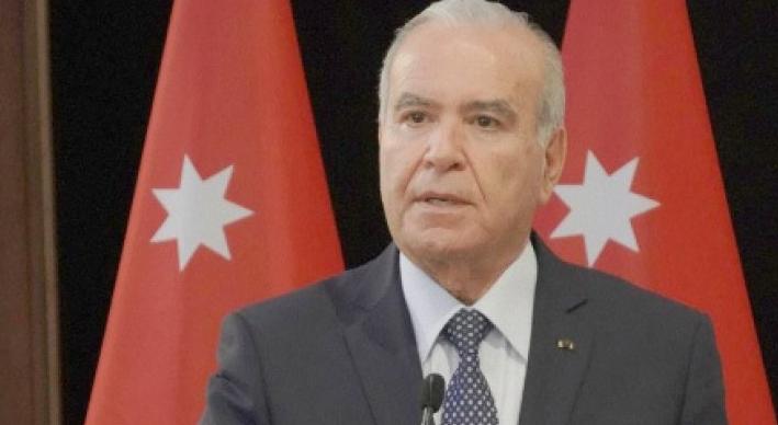"""الوزير المعاني يُفسر سبب عزوف الأردنيين عن لقاح كورونا: أشخاص """"مدفوع لهم"""" يخوفون الناس"""