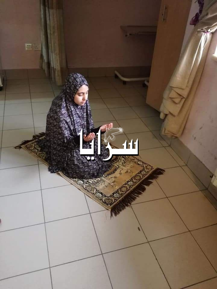 قصة محزنه لوفاة الطفله حنين ابو عواد بمرض السرطان بسبب قرار الملقي  ..  صورة