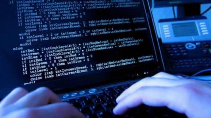تعرف كيف تحمي حساباتك وبياناتك الشخصية من قراصنة الانترنت؟
