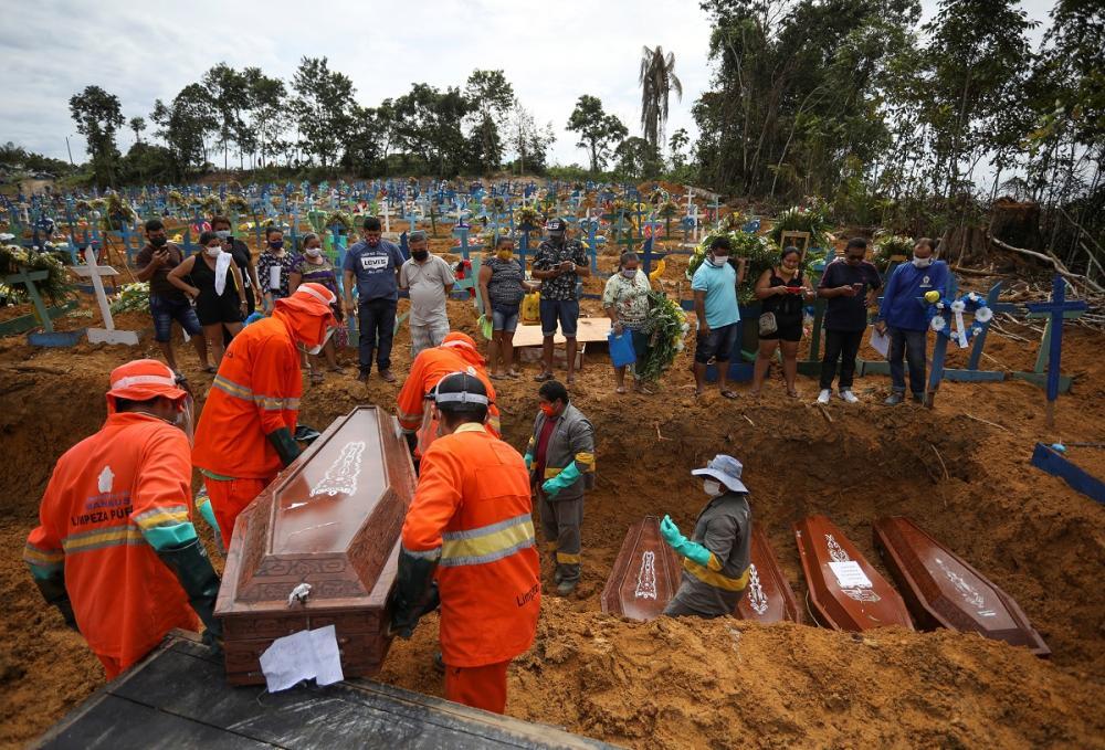 أكثر من نصف مليون وفاة بكورونا في البرازيل