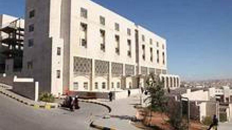 """زريقات: بعد تسجيل أول اصابتين ب""""الكورونا"""" في لبنان والاحتلال الأردن يشدد من اجراءات الرقابة الصحية على معابره"""