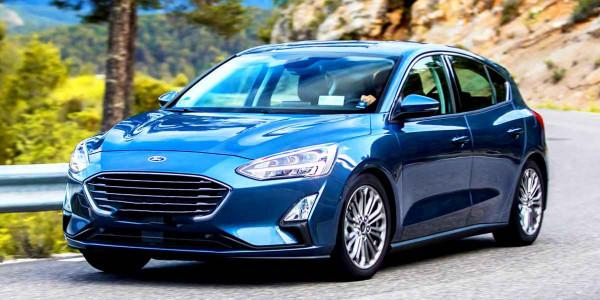 """تعرفوا على مواصفات سيارة فورد """"Focus"""" والتي تنافس أوبل وفولكس فاجن"""