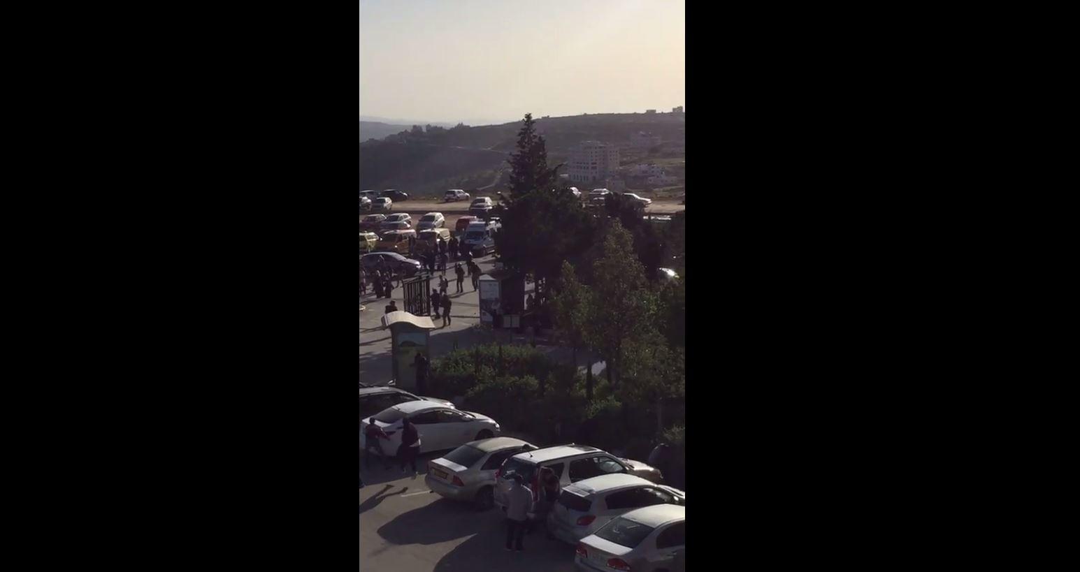 بالفيديو :وحدة إسرائيلية خاصة تقتحم جامعة بيرزيت وتختطف رئيس مجلس الطلبة