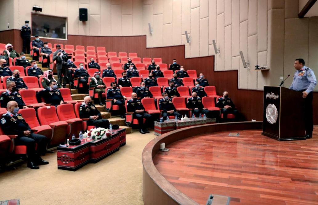 اللواء الحواتمة: تطوير عمل مراكز الأمن و الدفاع المدني على سلم الأولويات