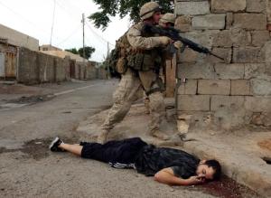 ما هي جريمة الحرب وكيف يتم الحكم فيها؟