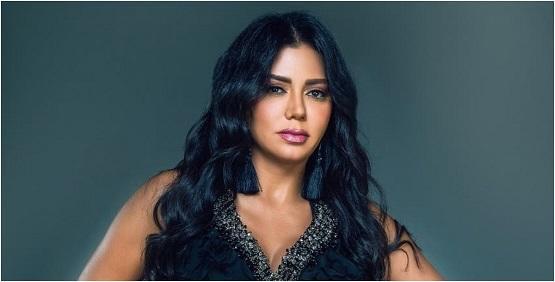 رانيا يوسف: أعيش قصة حب وأرفض الزواج