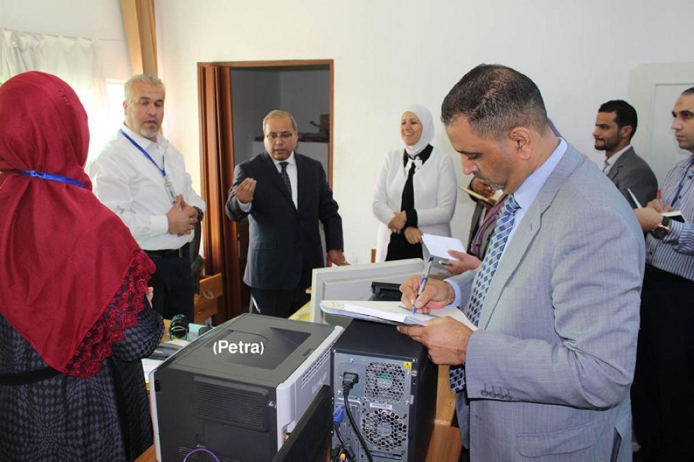 وزير العدل يتفقد محكمة صلح بني عبيد في الصريح