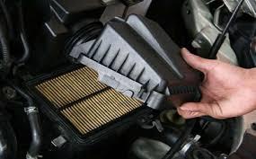 لماذا لا يجب تنظيف فلتر الهواء في السيارة؟