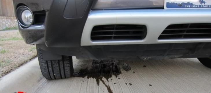 أسباب وحلول تسريب زيت المحرك وخطورة إهماله