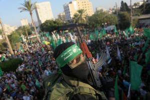 استطلاع: ارتفاع قياسي بشعبية حماس وتأييد نهجها المقاوم