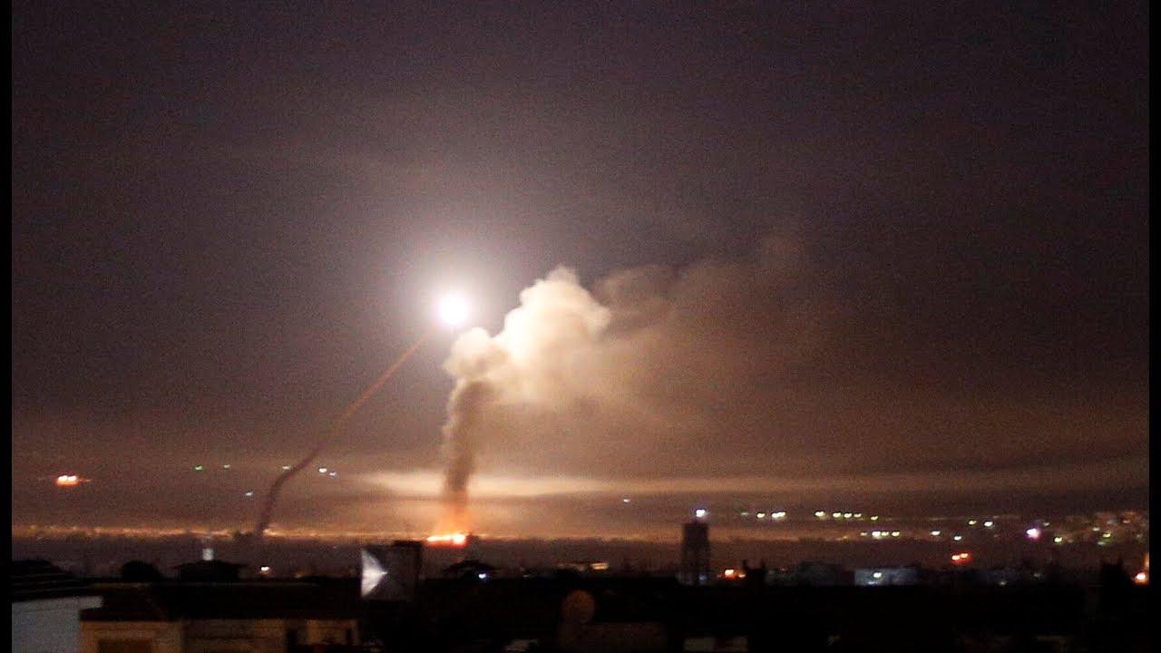 الدفاعات السورية تتصدى لهجوم إسرائيلي في درعا