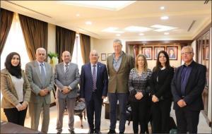 """رئيس جامعة الزيتونة الأردنية يستقبل وفدا من الاتحاد الأوروبي المشرف على مشروع  ايراسموس بلس """"ميثودز"""""""