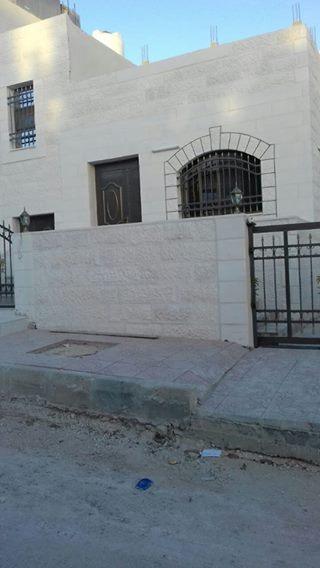 منزل مستقل للبيع في اليادودة