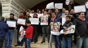 """بالصور  .. الصحفيون يعتصمون و يطالبون باسقاط حكومة """"الملقي"""""""